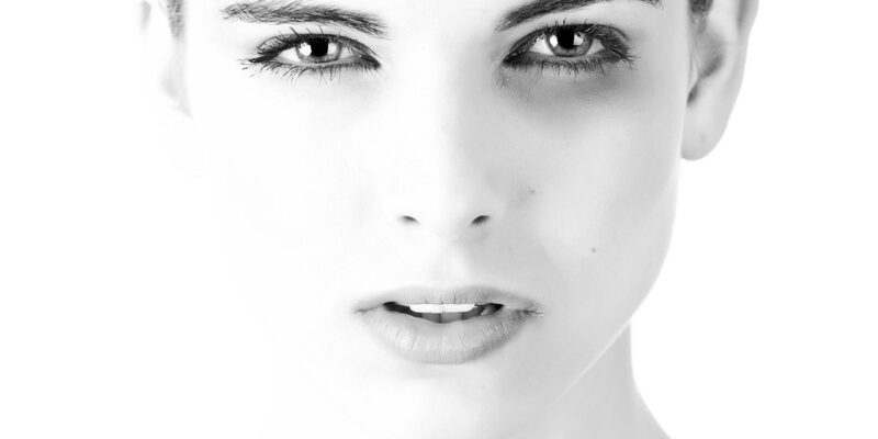 beautyful-woman-dark-circle-under-eye